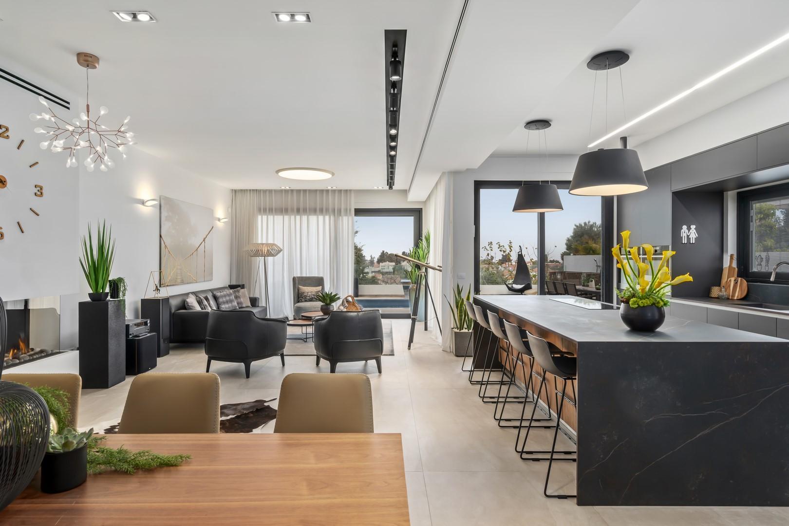 הזמנת רהיטים מסין לסלון, למטבח ולפינת האוכל במחירים משתלמים במיוחד